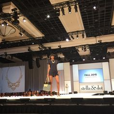 The new Hudson Tote + Frances Pearl Statement necklace by Stella & Dot at the Hoopla Runway Show!