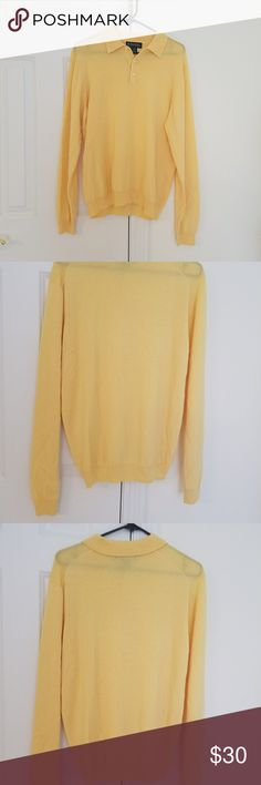 Brooks Brothers Merino wool sweater M Brooks Brothers Merino wool sweater.good condition no obvious flaws. Brooks Brothers Sweaters