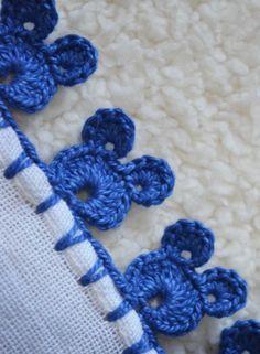 Crochet Edging Patterns, Crochet Lace Edging, Crochet Borders, Crochet Designs, Crochet Flowers, Crochet Crafts, Crochet Projects, Crochet Flower Tutorial, Crochet Decoration