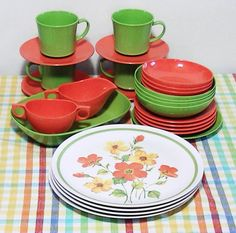 Marigold Medley Set for Four  Melmac Eclectic by Lifeinmommatone, $60.00