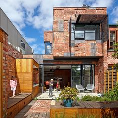 """The Cubo House, additions to a heritage listed double storey building by Melbourne architecture firm Phooey. Why Cubo? """"The project applies the surrealist technique of """"Cubomania"""" to catalogue, re-use re-invent the demolished building materials. Architecture Design, Melbourne Architecture, Architecture Résidentielle, Australian Architecture, Architects Melbourne, Australia House, Melbourne Australia, Vic Australia, Melbourne House"""