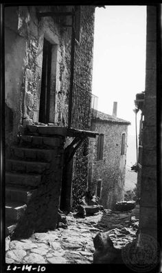 Arcadia. Dimitsana. 1923; Dorothy Burr Thompson. Black N White Images, Athens Greece, Planet Earth, Black And White Photography, Old Photos, The Past, Greek, History, Silhouettes