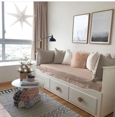 These 4 Living Room Trends for 2019 – Modells. Small Room Bedroom, Bedroom Decor, Daybed Room, Ikea Daybed, Budget Home Decorating, Hemnes, Dream Rooms, Online Home Decor Stores, Room Inspiration
