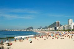 """Conhecida mundialmente como """"Cidade Maravilhosa"""", o Rio de Janeiro é um dos destinos mais famosos do Brasil e da América Latina. O Rio se caracteriza pelas belas paisagens, clima tropical e grande quantidade de opções de lazer."""