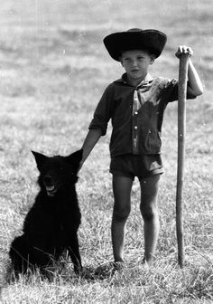 Just like my daddy :) Hungary - Hortogágy - Fotó: Nagy Jenő Vintage Dog, Vintage Children, Heart Of Europe, We Are The World, Central Europe, Budapest Hungary, Dog Photos, Beautiful Children, Dog Breeds