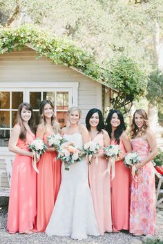 14 Ways to Incorporate Pantone's Color of the Year in Your Wedding Bridesmaid Dresses coral bridesmaid dresses Different Bridesmaid Dresses, Spring Bridesmaid Dresses, Wedding Bridesmaids, Coral Bridesmaids, Patterned Bridesmaid Dresses, Wedding Dresses, Coral Wedding Colors, Coral Color, Marie