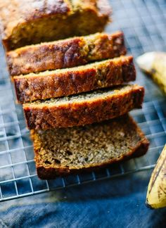 Tasty banana bread recipe with syrup instead of sugar and oil instead of butter - cookieandkate.com