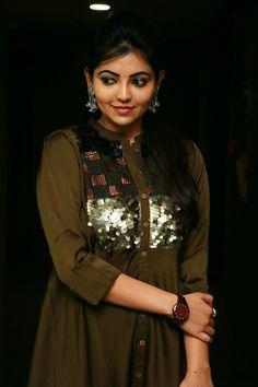 Sweet Girl Photo, Sweet Girls, Beautiful Girl Indian, Most Beautiful Women, Girl Attitude, South Actress, Indian Girls, Indian Beauty, Girl Photos