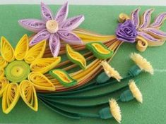 Paper quilling letters is one of the best way to use quilling ideas to make beautiful letters and patterns.Sabeena Karnik paper quilling is popular. Quilling Keychains, Paper Quilling Earrings, Quilling Letters, Paper Quilling Flowers, Paper Quilling Cards, Quilling Work, Neli Quilling, Paper Quilling Patterns, Quilling Ideas