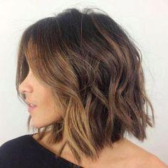 Trendy Medium Hair Cut (35)