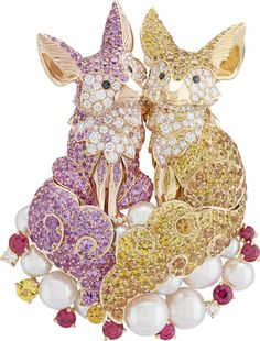 With Beautifully Bejeweled Animals as His Cast, Robert Wilson Built a Stirring Noah's Ark for Van Cleef & Arpels Fox Jewelry, High Jewelry, Animal Jewelry, Modern Jewelry, Jewelry Accessories, Unique Jewelry, Insect Jewelry, Vintage Jewellery, Van Cleef And Arpels Jewelry
