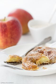 Apple Fritters • Apfelküchlein // von Maras Wunderland