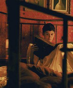 Amelie.... leyendo