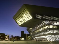 Zaha Hadid - Project - Library and Learning Centre