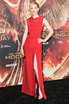 11.11.14  Elizabeth Banks, in Saint Laurent, at preview event for 'The Hunger Games: Mockingjay Part 1' in Berlin