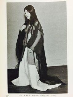 """平安時代の夏の部屋着『単袴姿(ひとえはかま)』 Summer room arrival in the Heian period """"Hakata Kamama"""""""