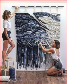 Weaving Textiles, Weaving Art, Loom Weaving, Tapestry Weaving, Hand Weaving, Circular Weaving, Weaving Wall Hanging, Hanging Wall Art, Sister Crafts