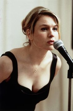 Bridget Jones's Diary | Renée Zellweger | via https://www.facebook.com/BridgetJonessDiary/photos/a.213636385348124.58359.210652778979818/776625779049179/?type=1&theater