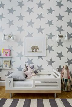 Lucky Star Wallpaper from Sissy + Marley - This metallic neutral chic, fun and so on-trend!