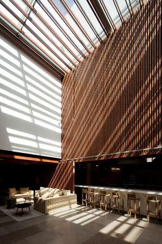 Inspira Santa Marta Hotel / Promontório Arquitectos #hall #lobby