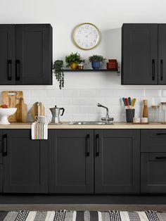 Wooden Kitchen Cabinets, Painting Kitchen Cabinets, Kitchen Paint, New Kitchen, Modern Shaker Kitchen, Natural Kitchen, Kitchen Interior, Kitchen Decor, Kitchen Design