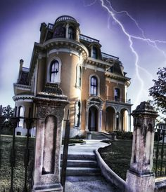 Inside Mansion Abandoned House | Culbertson Mansion Haunted House in New Albany Indiana - Creepy Photo ...