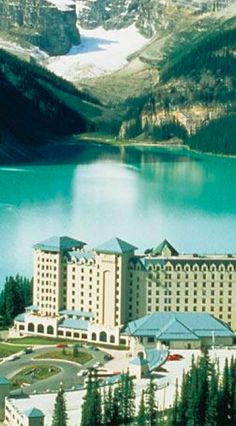The Fairmont Chateau on Lake Louise at Banff National Park in Alberta, Canada • photo: Fairmont Chateau