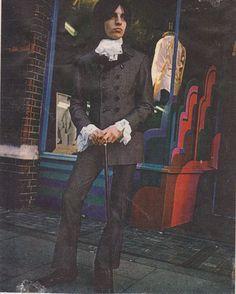Dandy mod outside Dandie Fashions, Kings Road, 1967