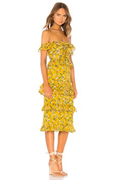 36f5ae42e931 17 Best Floral Dresses images in 2019