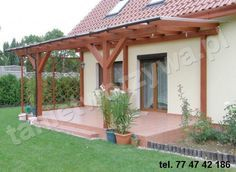 poliwęglan komorowy katowice Pergola Canopy, Outdoor Pergola, Outdoor Spaces, Outdoor Living, Front Porch Steps, Covered Patio Design, Sunroom Addition, Side Garden, Pergola Attached To House