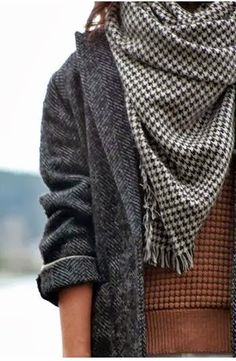 Oversized Grey Coat With Cozy Scarf