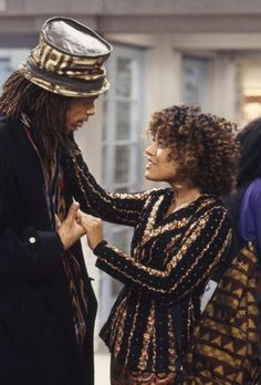 The Cosby Show spin-off's fictional Hillman College inspired — and accurately depicted — my experience at Bethune-Cookman. Best Tv Couples, Movie Couples, Cute Couples, A Different World, Cree Summer, Jasmine Guy, Real Tv, Lisa Bonet, World Tv