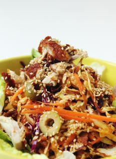 สลอว์ไก่ทอด Chicken Asian Slaw