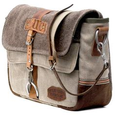Canvas Messenger Bag // Upcycled and Handmade by peace4you - Model paul-2032