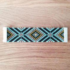 Bracelet tissé en perles de Rocaille, fermoir aimanté bleu (turquoise), noir, jaune, rose pâle Hauteur: 4 centimètres Largeur: 16,8 centimètres (Ne convient pas pour un t - 8652397