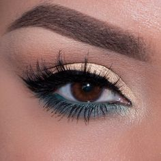 This 'Pale Gold and Teal' look by Ely Marino is perfect for spring! It uses Makeup Geek's Beaches and Cream, Frappe, Latte, Shark Bait, Mermaid, & Magic Act eyeshadows and foiled eyeshadow along with Immortal gel liner.