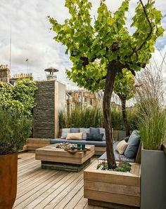 Nice detail on wood planter, exposing both sides of the decking Backyard Patio, Backyard Ideas, Backyard Landscaping, Rooftop Terrace, Terrace Garden, Terrace Design, Garden Design, Patios, Garden Types
