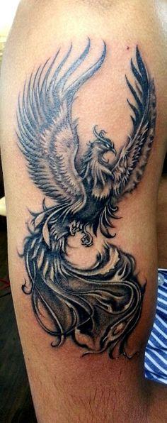 Ideas for tattoo bird phoenix tatoo Phoenix Tattoo Sleeve, Phoenix Tattoo Feminine, Phoenix Tattoo For Men, Tribal Phoenix Tattoo, Phoenix Bird Tattoos, Phoenix Tattoo Design, Leg Tattoos, Body Art Tattoos, Tribal Tattoos