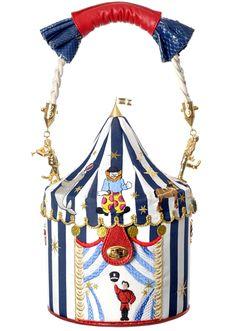Entdeckt: Taschen von Ines Figaredo - Do or Don't? Unique Handbags, Unique Purses, Unique Bags, Vintage Handbags, Purses And Handbags, Handbag Accessories, Fashion Accessories, Novelty Bags, Art Bag