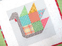 Sewing Block Quilts Bee In My Bonnet: Tom Turkey quilt block Tutorial! Small Quilts, Mini Quilts, Strip Quilts, Baby Quilts, Quilting Tutorials, Quilting Projects, Sewing Projects, Quilting Ideas, Quilt Block Patterns