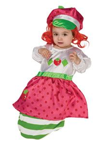 Strawberry Shortcake Bunting Product Description Strawberry Costume always perfect on Halloween, Adorable costume! Well made, good price and your baby will lov Shrek Costume, Costume Craze, Dragon Costume, Devil Costume, Best Baby Costumes, Cute Costumes, Strawberry Shortcake Costume, Strawberry Baby, Baby Bunting