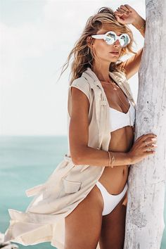 White bikini x mirror shades x chic vest Festival Sunglasses, King Fashion, Sabo Skirt, Summer Aesthetic, Bikini Photos, Fashion Shoot, Fashion Stylist, Bikinis, Swimwear
