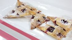 Very berry hand pies are made with raspberries, blueberries, cinnamon, eggs and apples Marilyn Denis Show Recipes, Yummy Eats, Yummy Food, Hand Pies, Healthy Cookies, Sweet Desserts, Raspberries, Blueberries, Tray Bakes