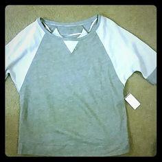 Calvin Klein performance sweatshirt Calvin Klein Gray performance sweatshirt. Calvin Klein Tops Sweatshirts & Hoodies