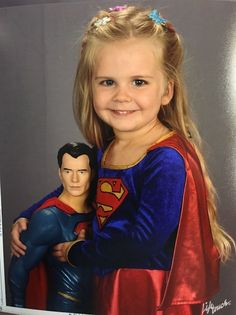 Her Parents Let Her Dress Herself for Her School Photo. What She Chose Is Priceless!