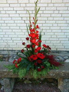 . Altar Flowers, Church Flower Arrangements, Church Flowers, Christmas Arrangements, Beautiful Flower Arrangements, Funeral Flowers, Fall Flowers, Floral Arrangements, Beautiful Flowers