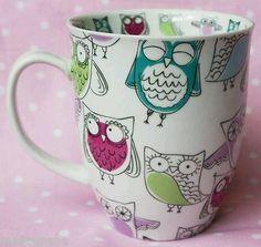 Retro Owl Coffee Mug - I have this! Birthday gift from my coworkers! Owl Coffee, Cute Coffee Mugs, I Love Coffee, Cute Mugs, Coffee Cups, Crackpot Café, Owl Kitchen, Owl Mug, Creation Deco