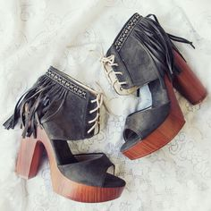 Spellbound Sage Platforms.. boho fringe adorn these lace-up sandals. www.spool72.com