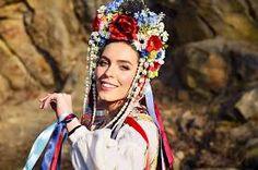 Výsledok vyhľadávania obrázkov pre dopyt Petra lajdova party a cepce Modeling, Crown, Culture, Hair Styles, Makeup, Beauty, Jewelry, Petra, Folklore