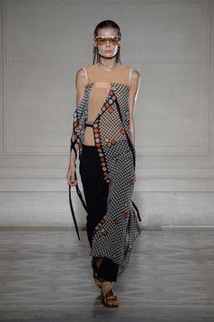 FWPE2015 Suzy Menkes Maison Martin Margiela: Lost in Translation Paris Fashion Week Day Three.